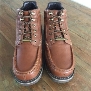 NWOT Rockport Hydro Sheild Boots